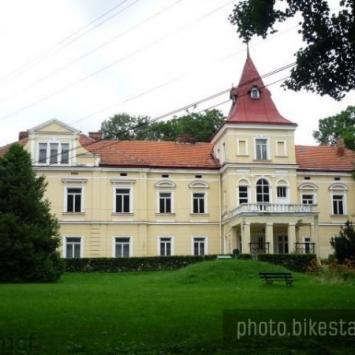 Pałac w Rzemieniu - zdjęcie