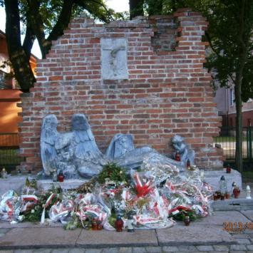 Pomnik Powstańców Warszawskich w Słupsku
