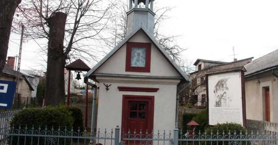 Kapliczka w Podzamczu - zdjęcie