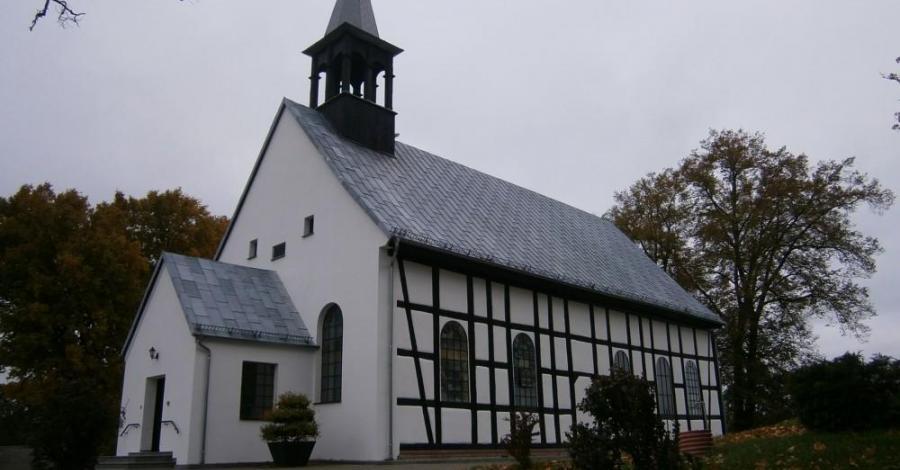 Kościół w Kołczygłowach - zdjęcie