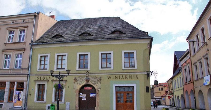 Muzeum w Tarnowskich Górach, Anna Piernikarczyk