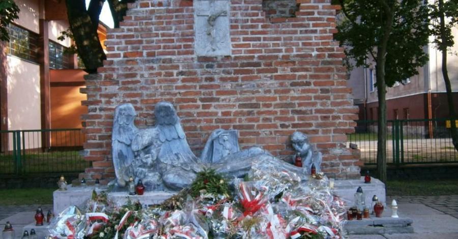 Pomnik Powstańców Warszawskich w Słupsku - zdjęcie