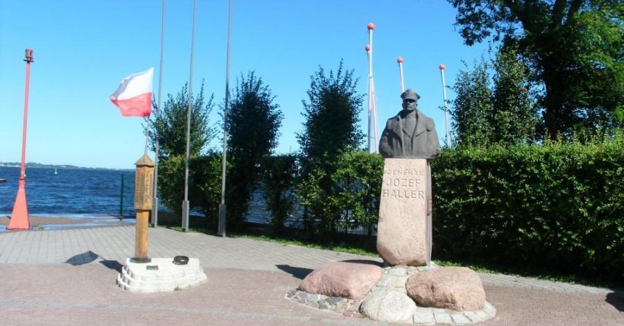 Pomnik zaślubin z morzem w Pucku - zdjęcie