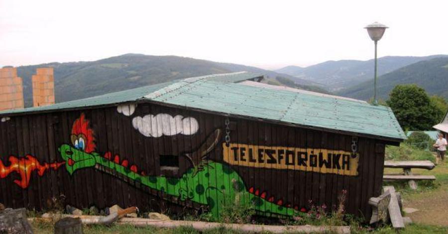 Schronisko Telesforówka w Beskidzie Śląskim - zdjęcie