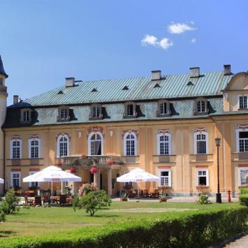 Pałac Żelazno, Anna Piernikarczyk