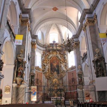 Kościół w Bardzie, Anna Piernikarczyk