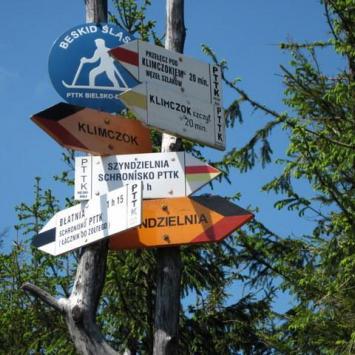 Rozstaj 3 szlaków przed Klimczokiem