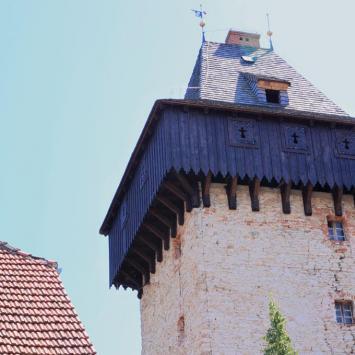 Wieża rycerska w Żelaźnie