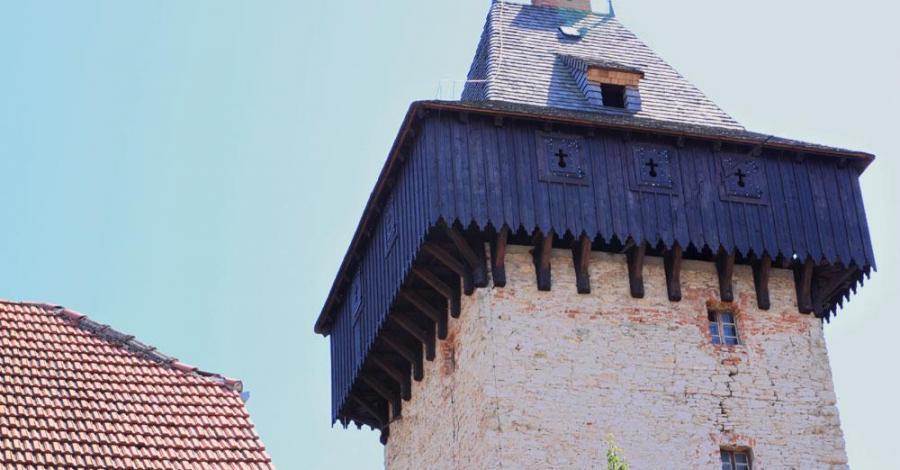 Wieża rycerska w Żelaźnie - zdjęcie