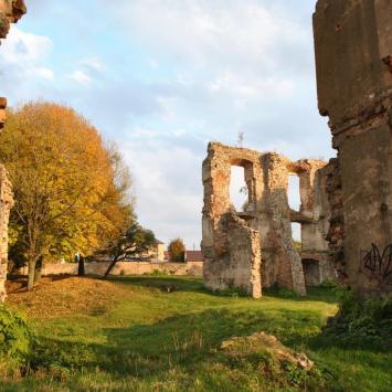 Zamek w Bodzentynie - zdjęcie
