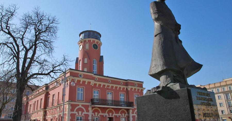 Ratusz w Częstochowie, Anna Piernikarczyk