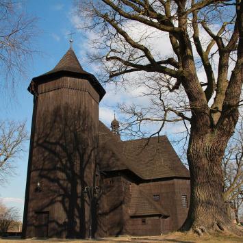 Drewniany kościół w Boronowie