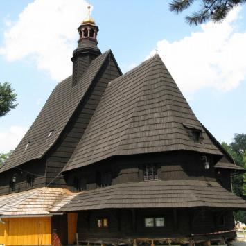 Drewniany kościół w Poniszowicach