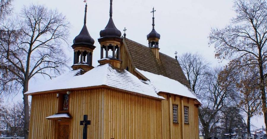 Drewniany kościół Św. Trójcy w Ulanowie - zdjęcie