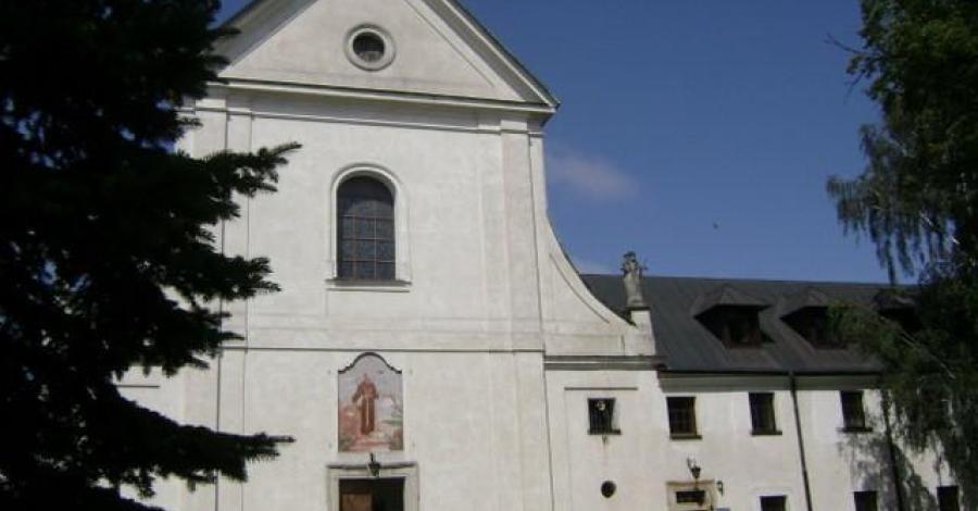 Klasztor Kapucynów w Stalowej Woli - zdjęcie