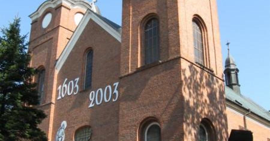 Kościół Narodzenia NMP w Jeżowem - zdjęcie