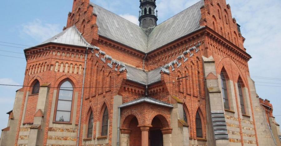 Kościół w Masłowie Pierwszym - zdjęcie