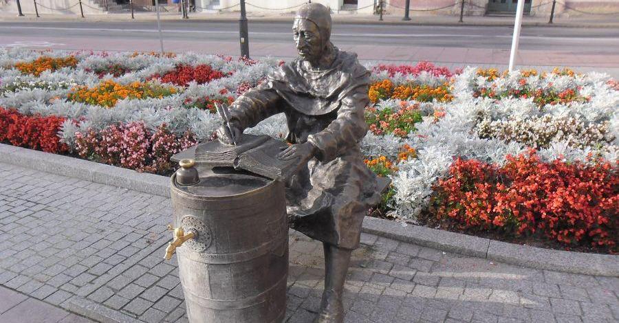 Ławeczka Janka kronikarza w Czarnkowie - zdjęcie