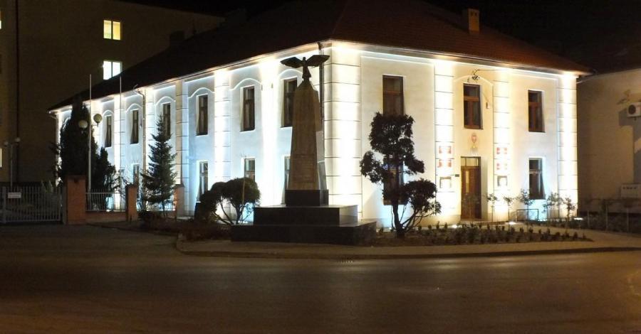 Plac Wolności w Nisku - zdjęcie