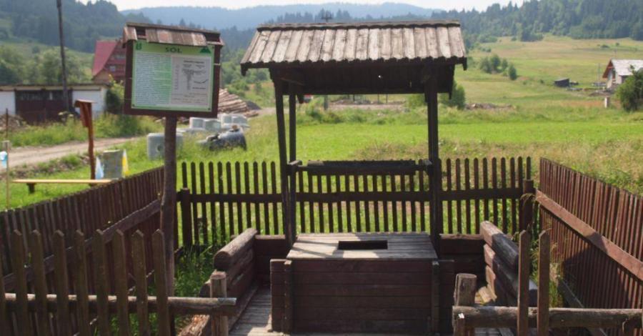 Studnie solankowe w Soli - zdjęcie