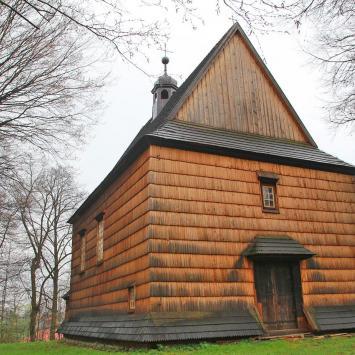Drewniany kościół w Bachórcu