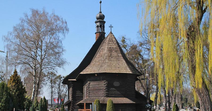 Drewniany kościół w Strzelcach Opolskich - zdjęcie