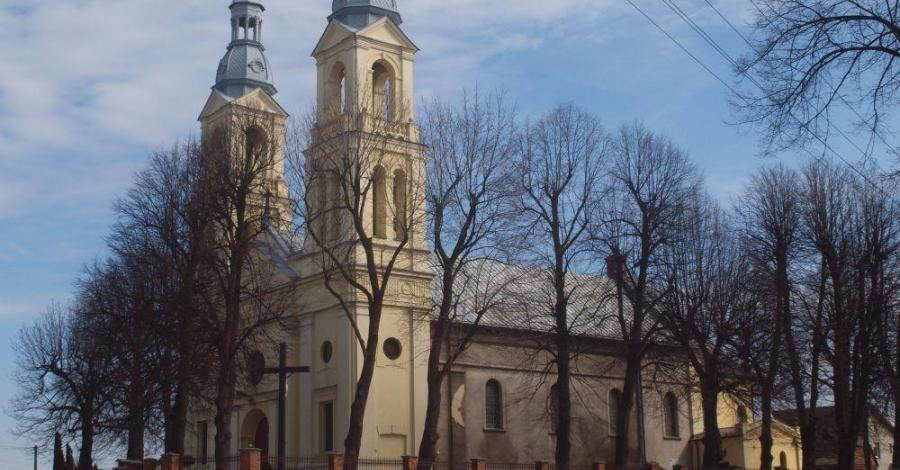 Kościół w Borownie - zdjęcie