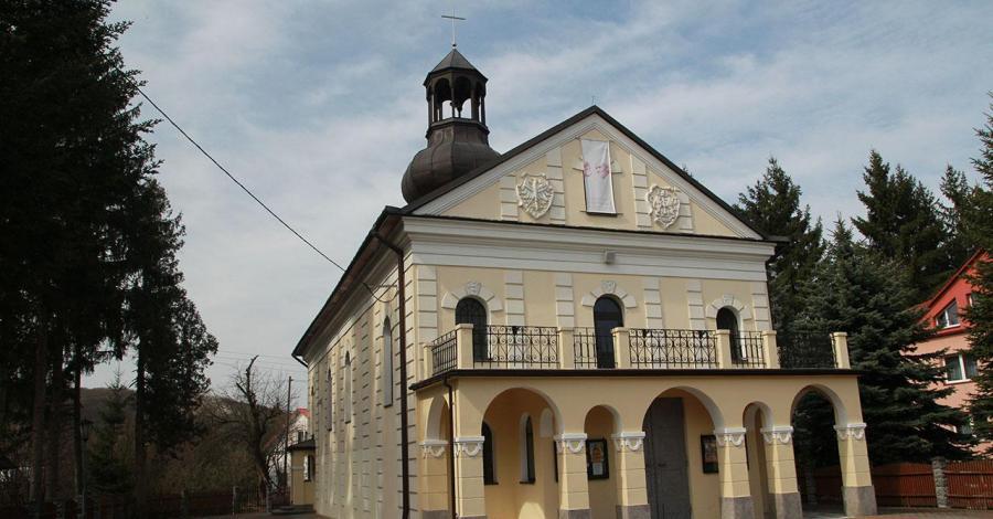 Kościół w Prałkowcach - zdjęcie