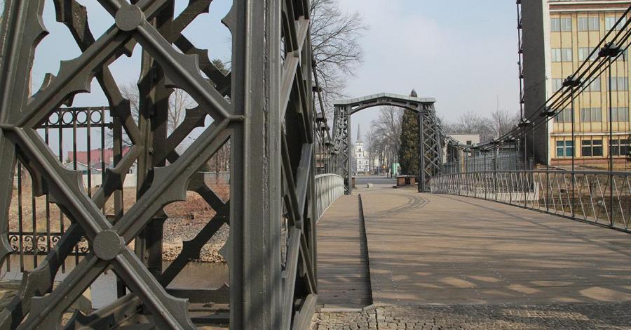 Most wiszący w Ozimku - zdjęcie