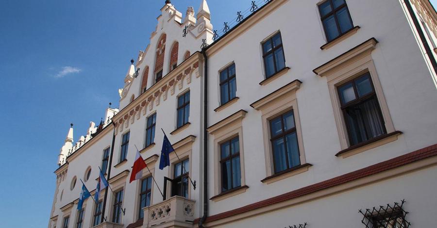 Ratusz rzeszów, Anna Piernikarczyk