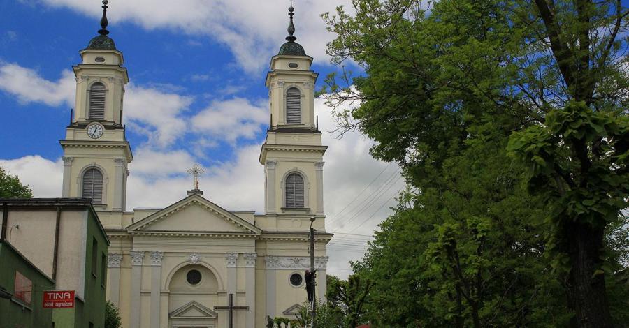 Kościół Wniebowzięcia NMP w Praszce - zdjęcie
