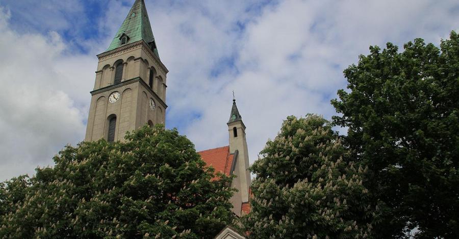 Kościół Św. Michała w Oleśnie - zdjęcie