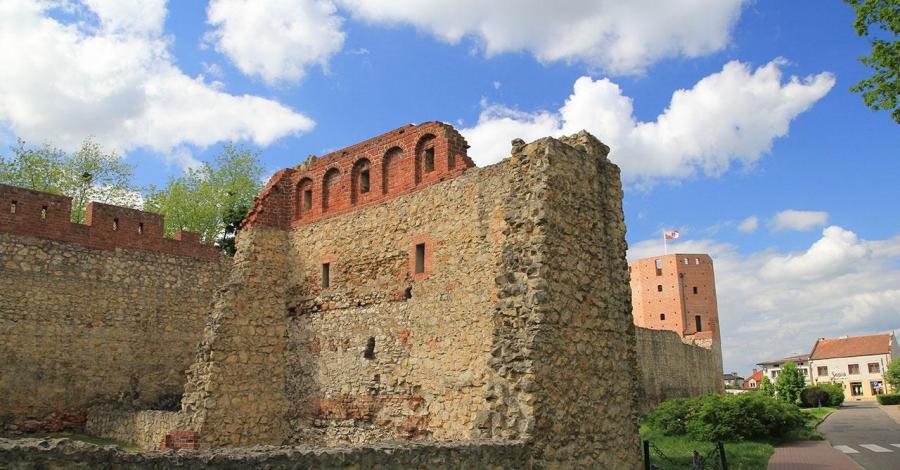 Mury obronne w Wieluniu - zdjęcie