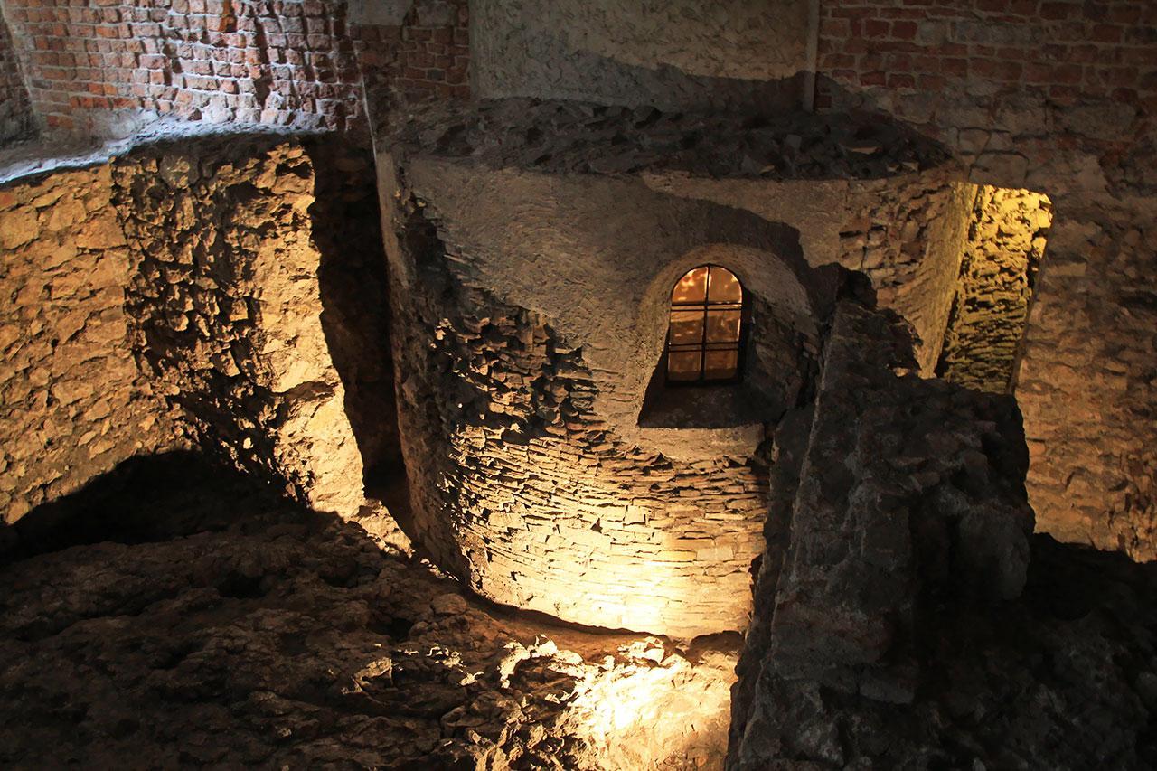 Pierwsze budowle kamienne Krakowa