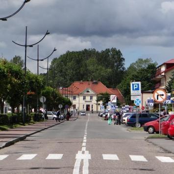 Ulica gen.Hallera i dworzec PKP na końcu, Marcin_Henioo