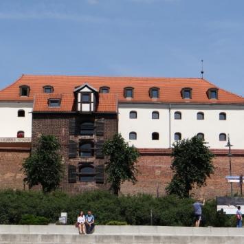 Baszta Żuraw i hotel Spichrz- historyczny Spichlerz Szwedzki, Marcin_Henioo