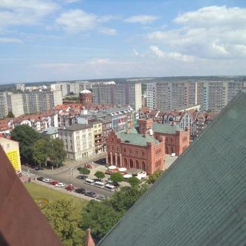 widok z wiezy bazyliki na ratusz miejski, Danusia