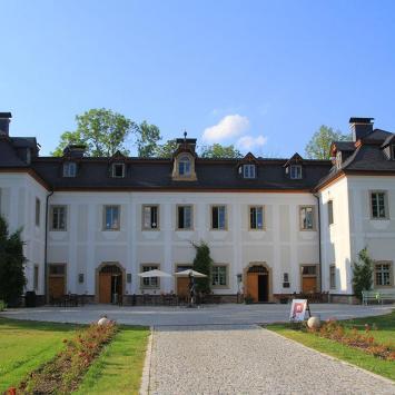 Pałac Pakoszów w Piechowicach