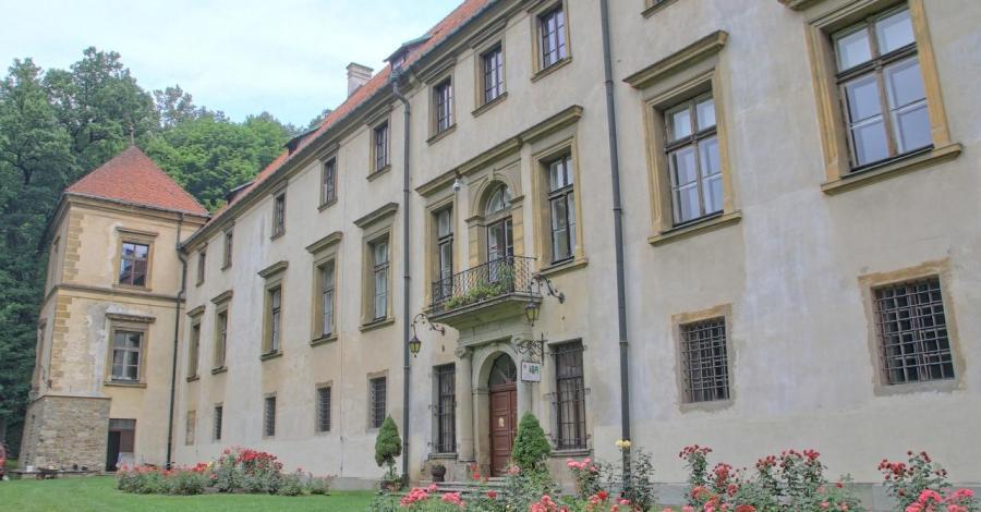 Zamek w Suchej Beskidzkiej, Anna Piernikarczyk