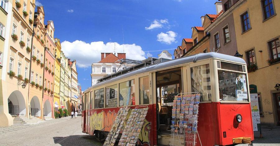 Zabytkowy tramwaj w Jeleniej Górze - zdjęcie