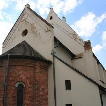 Kościół NMP w Środzie Śląskiej - zdjęcie