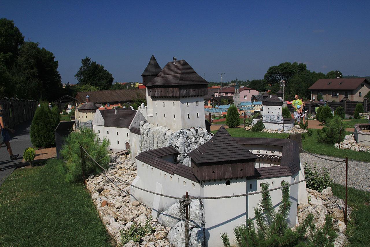 Картинки по запросу Ogrodzieniec park miniatur