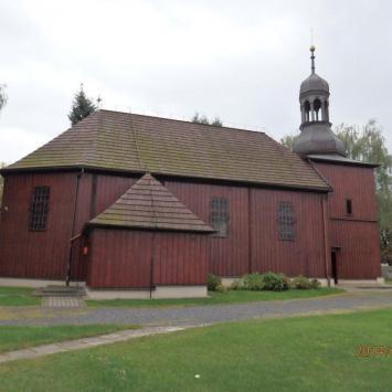 Drewniany kościół w Obrze