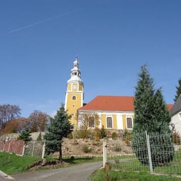 Kościół Św. Tekli w Pławnej