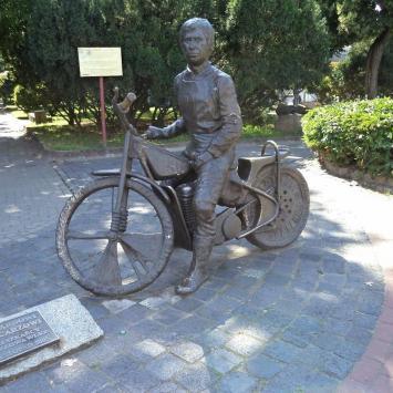 Pomnik Edwarda Jancarza w Gorzowie