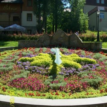 Zegar kwiatowy w Szczawnicy