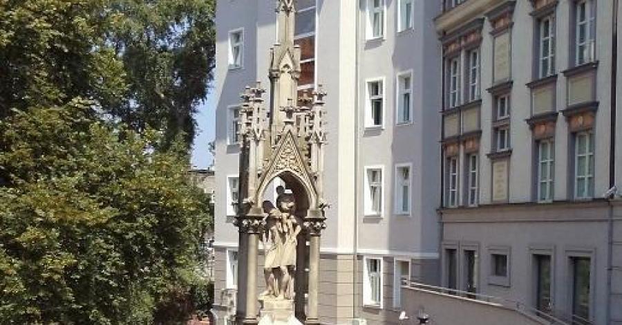 Figura Św. Krzysztofa w Opolu - zdjęcie