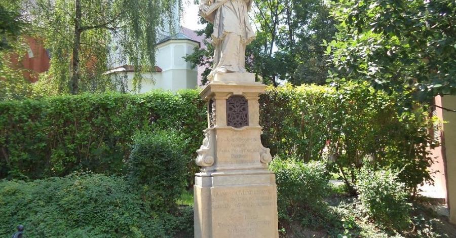 Figura Św. Nepomucena w Opolu - zdjęcie