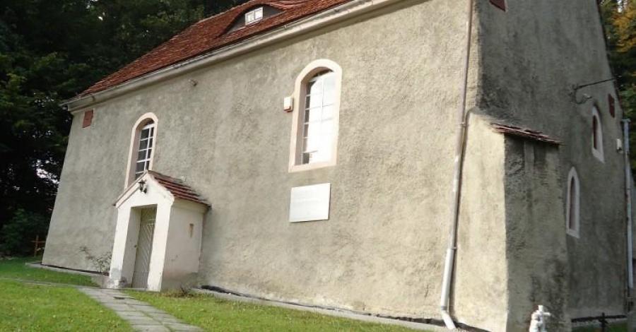 Kościół Św. Jana Nepomucena w Wolbromowie - zdjęcie