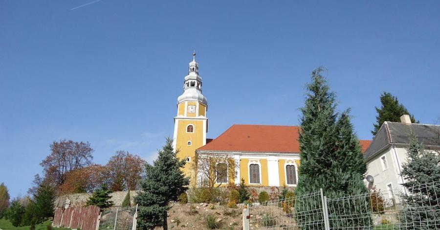 Kościół Św. Tekli w Pławnej - zdjęcie